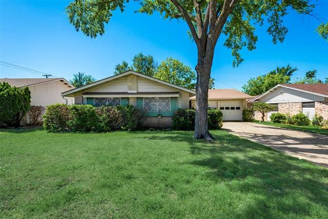 2406 Cartwright Street, Irving, TX 75062 (MLS #14571846) :: All Cities USA Realty