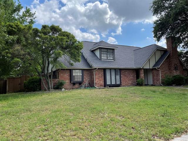 10018 Hickory Crossing, Dallas, TX 75243 (MLS #14571906) :: Real Estate By Design