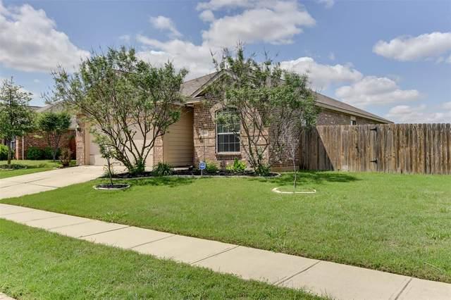 513 Bailer Drive, Crowley, TX 76036 (MLS #14572114) :: Craig Properties Group