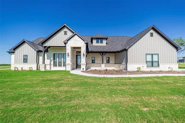 3001 Perkins Lane, Weatherford, TX 76088 (MLS #14572182) :: Team Tiller