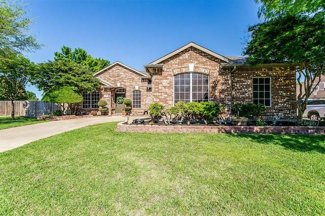 1021 Muscadine Vine Street, Crowley, TX 76036 (MLS #14572286) :: The Mitchell Group