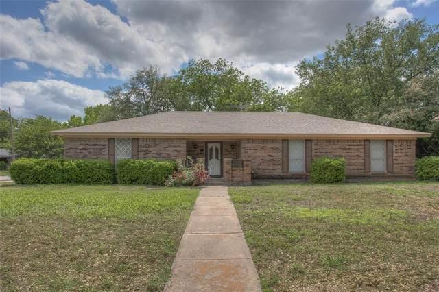 601 Chisholm Road, Burleson, TX 76028 (MLS #14572345) :: Craig Properties Group