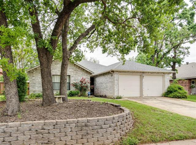 2602 Stone Creek Lane, Corinth, TX 76210 (#14572407) :: Homes By Lainie Real Estate Group
