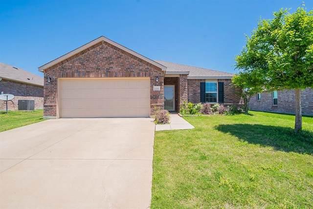 1268 Boxwood Lane, Burleson, TX 76028 (MLS #14572558) :: Craig Properties Group