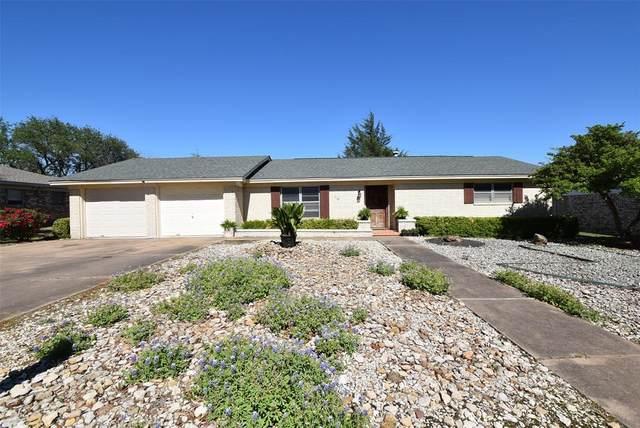 116 Mockingbird Lane, Hillsboro, TX 76645 (MLS #14572716) :: Real Estate By Design