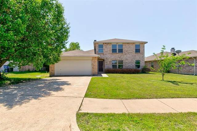 304 Meadow Ridge Drive, Burleson, TX 76028 (MLS #14572763) :: All Cities USA Realty