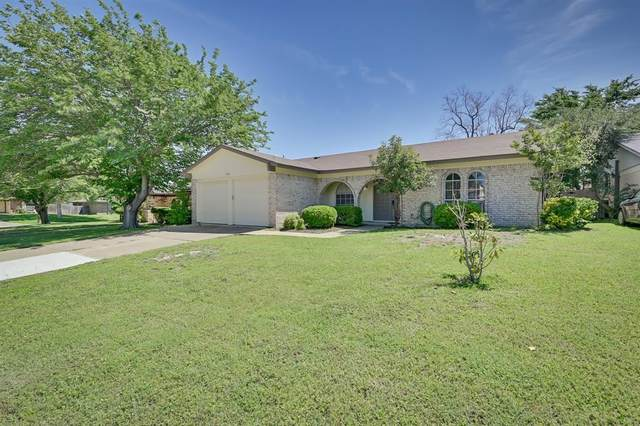 2503 Mardell Drive, Arlington, TX 76016 (MLS #14572801) :: All Cities USA Realty