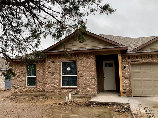 213 Pearl Street, Cleburne, TX 76031 (MLS #14572950) :: All Cities USA Realty