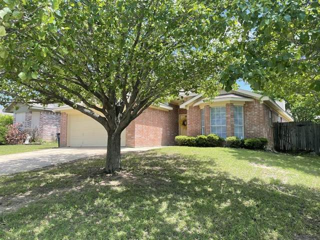 2213 Whispering Wind Street, Fort Worth, TX 76108 (MLS #14573077) :: The Chad Smith Team