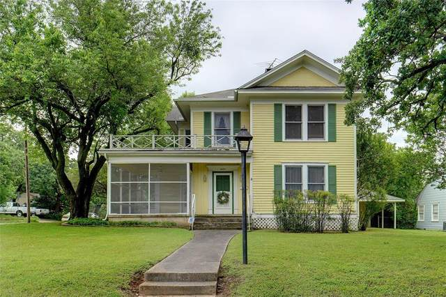 2003 W Oak Street, Denton, TX 76201 (MLS #14573134) :: Real Estate By Design