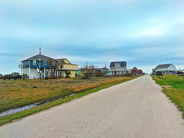 916 Melody Lane, Crystal Beach, TX 77650 (MLS #14573170) :: The Daniel Team