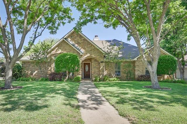 3512 Forest Ridge Drive, Bedford, TX 76021 (MLS #14573210) :: The Chad Smith Team