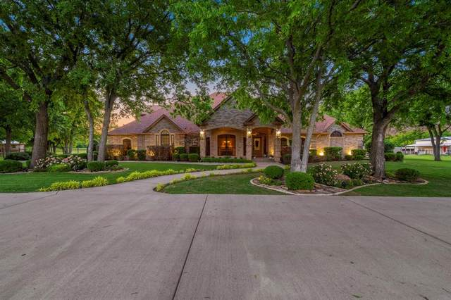 10029 Tantarra Drive, Burleson, TX 76028 (MLS #14573726) :: The Hornburg Real Estate Group