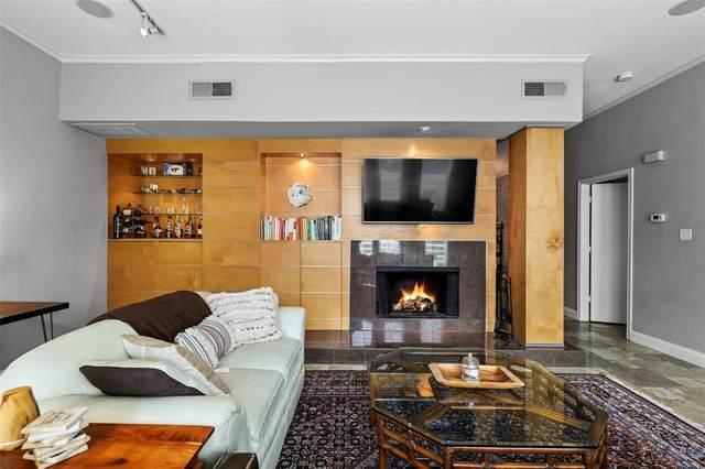 4040 Avondale Avenue #204, Dallas, TX 75219 (MLS #14573818) :: Real Estate By Design