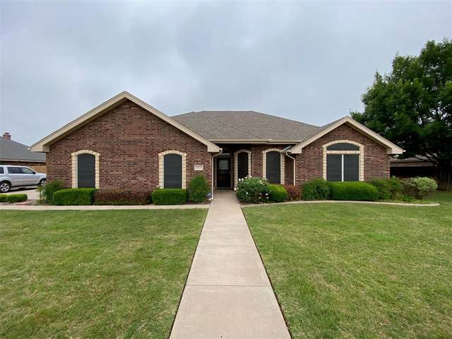 7025 Clearlake Court, Abilene, TX 79606 (MLS #14574137) :: The Kimberly Davis Group