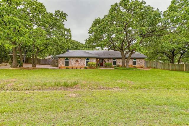 102 Hillside Drive W, Burleson, TX 76028 (MLS #14574397) :: The Hornburg Real Estate Group