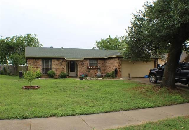 1407 Mimosa Street, Cleburne, TX 76033 (MLS #14574489) :: Maegan Brest | Keller Williams Realty