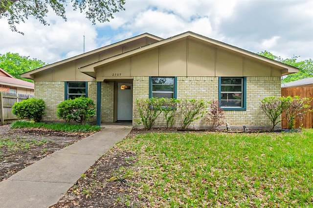 2709 Clover Valley Drive, Garland, TX 75043 (MLS #14574523) :: Rafter H Realty
