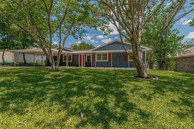 4307 N Chisholm Trail, Granbury, TX 76048 (MLS #14574649) :: The Kimberly Davis Group