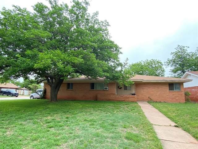 1755 Glenhaven Drive, Abilene, TX 79603 (MLS #14574750) :: Team Hodnett