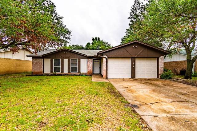 1016 E Georgian Road, Saginaw, TX 76179 (MLS #14574833) :: The Star Team | JP & Associates Realtors
