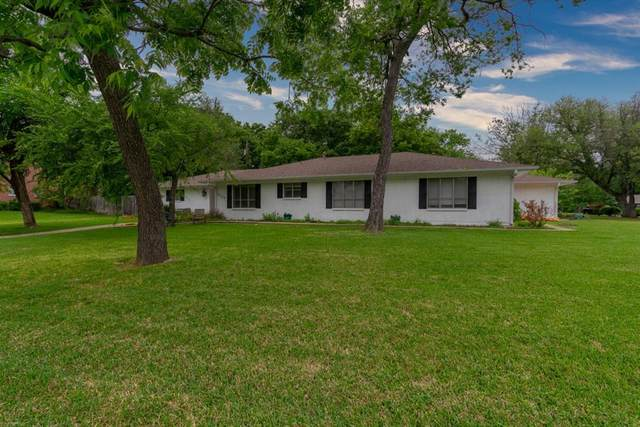2906 Tanglewood Drive, Commerce, TX 75428 (MLS #14574935) :: 1st Choice Realty