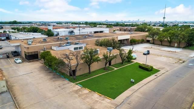 2818 Satsuma Drive, Dallas, TX 75229 (MLS #14575074) :: VIVO Realty