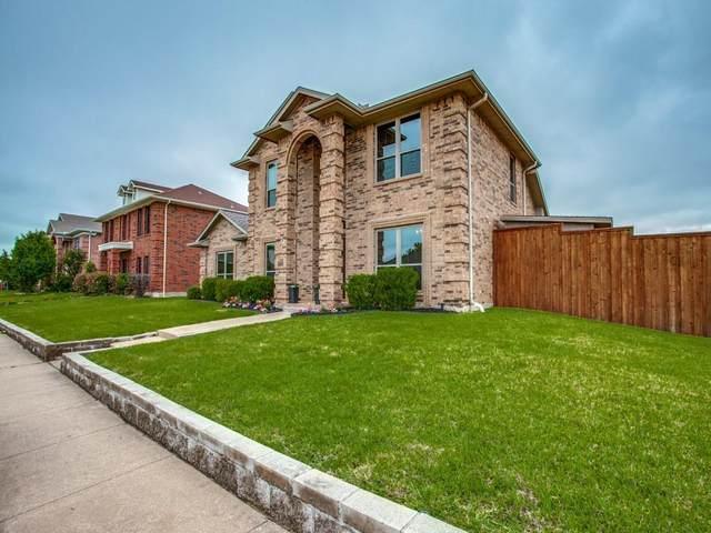 6802 Silver Lake Drive, Rowlett, TX 75089 (MLS #14575150) :: Real Estate By Design