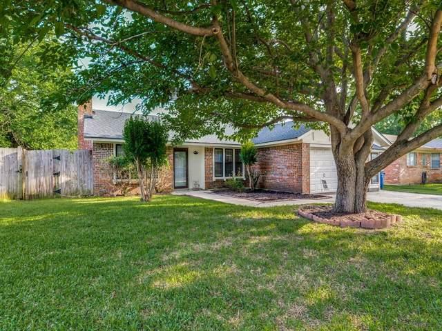 6020 Ridgecrest Drive, Watauga, TX 76148 (MLS #14575205) :: Real Estate By Design