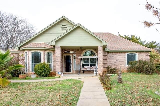404 E Oakdale Street, Keene, TX 76059 (MLS #14575282) :: VIVO Realty