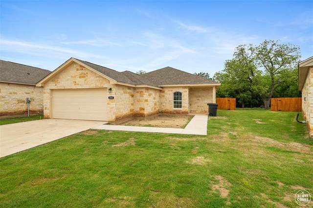 3102 Waterstone Circle, Brownwood, TX 76801 (MLS #14575427) :: The Kimberly Davis Group