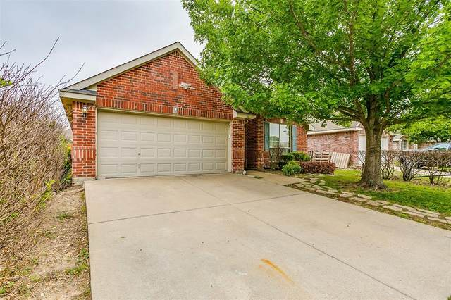 741 Silverbrook Drive, Saginaw, TX 76179 (MLS #14575464) :: EXIT Realty Elite