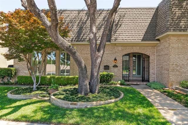 3027 Squireswood Drive, Carrollton, TX 75006 (MLS #14575598) :: The Good Home Team