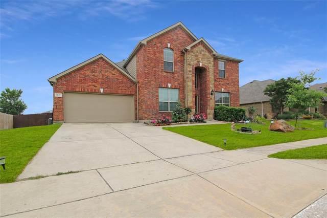 1617 Enchanted Sky Lane, Fort Worth, TX 76052 (MLS #14575819) :: The Tierny Jordan Network