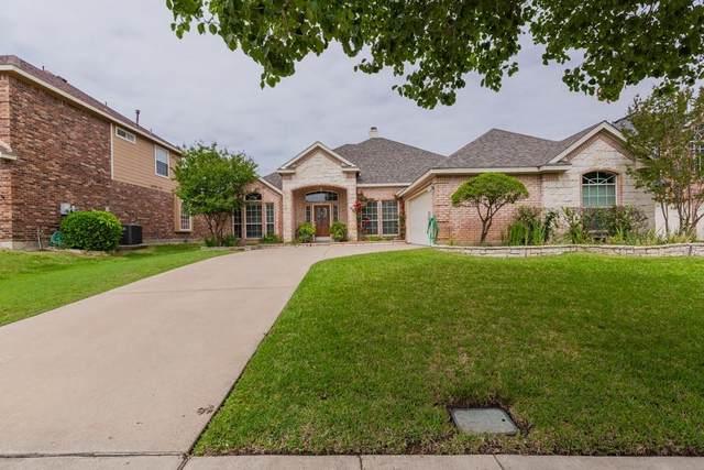 9 Pinedale Court, Mansfield, TX 76063 (MLS #14575873) :: Premier Properties Group of Keller Williams Realty