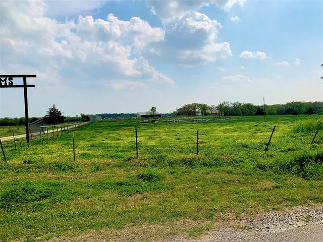 2362 County Road 140, Whitesboro, TX 76273 (MLS #14575940) :: VIVO Realty