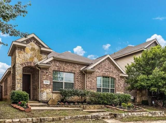 9028 Spurs Trail, Cross Roads, TX 76227 (MLS #14576163) :: Real Estate By Design