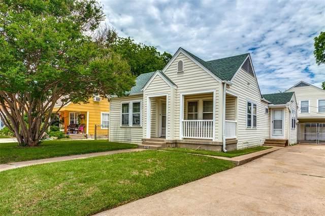 2705 Marigold Avenue, Fort Worth, TX 76111 (MLS #14576192) :: The Heyl Group at Keller Williams