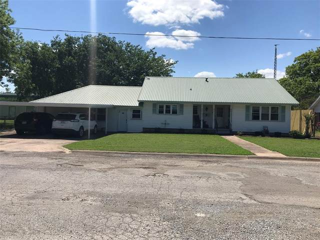 409 S Carter, Whitewright, TX 75491 (MLS #14576742) :: The Chad Smith Team