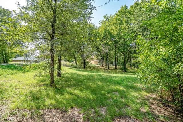 9220 Shawnee Trail, Flower Mound, TX 75022 (MLS #14576898) :: Real Estate By Design