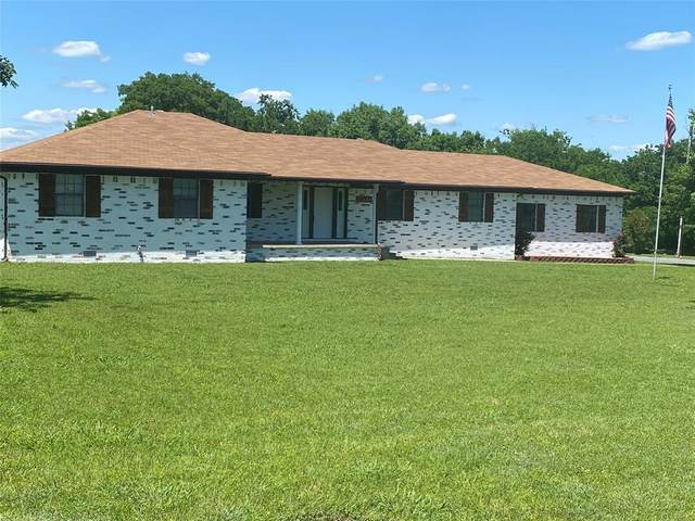 710 W Spruce Street, Whitewright, TX 75491 (MLS #14576975) :: Real Estate By Design