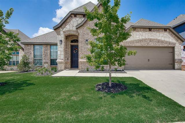 1029 Wildwood Drive, Joshua, TX 76058 (#14577472) :: Homes By Lainie Real Estate Group