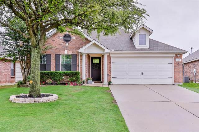 1312 Ropers Way, Fort Worth, TX 76052 (#14577538) :: Homes By Lainie Real Estate Group