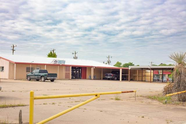 1137 S Highway 377, Pilot Point, TX 76258 (MLS #14577604) :: Justin Bassett Realty