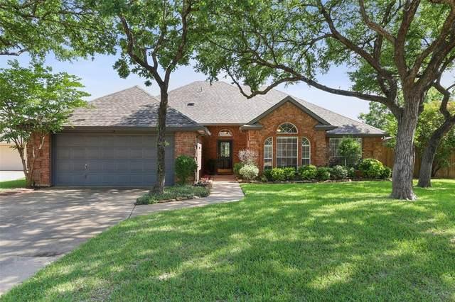 655 Regency Drive, Hurst, TX 76054 (MLS #14577884) :: The Mitchell Group