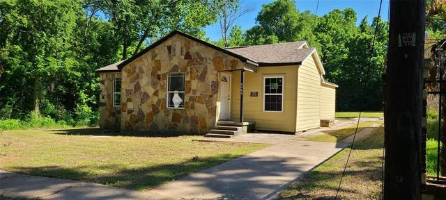 1213 E Laurel Street, Tyler, TX 75702 (#14577931) :: Homes By Lainie Real Estate Group