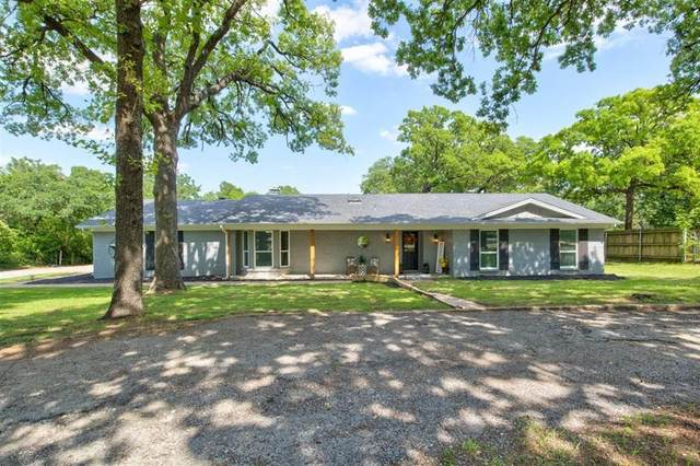 3063 E Trailwood Drive, Burleson, TX 76028 (MLS #14577940) :: The Mitchell Group