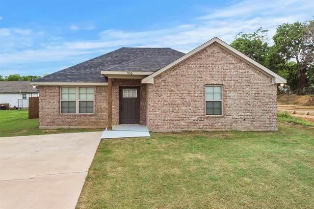 906 W Johnson Street, Denison, TX 75020 (MLS #14578242) :: The Mitchell Group