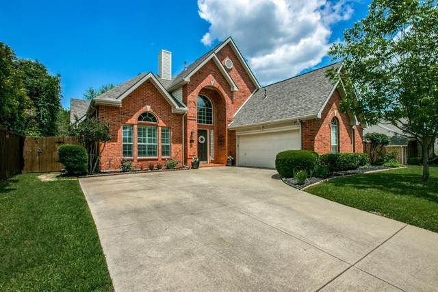 2812 Lake Crest Drive, Flower Mound, TX 75022 (MLS #14578307) :: The Mitchell Group