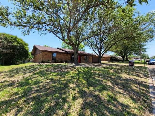 312 Cedar Street, Mount Pleasant, TX 75455 (MLS #14579037) :: Robbins Real Estate Group